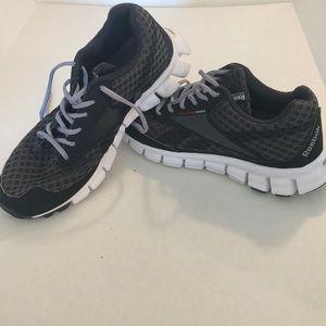 Reebok realflex running shoes 9.5 cushrun black